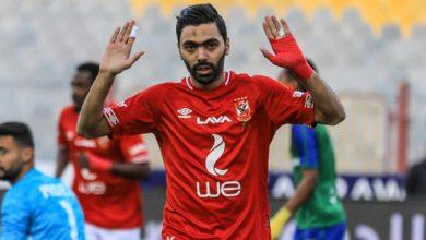 """الحكم رفض اجراء التبديل لحسين الشحات لحين قيام اللاعب بـ""""قص أظافره"""""""