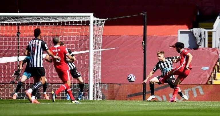 ليفربول يواصل السقوط بتعادل جديد أمام نيوكاسل