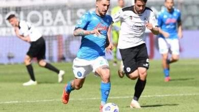 نابولي يكتسح سبيزيا برباعية ليرتقى لوصافة الدوري الإيطالي