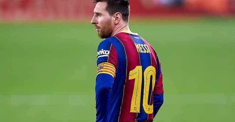 صحيفة إسبانية تكشف موعد تجديد عقد ميسي مع برشلونة