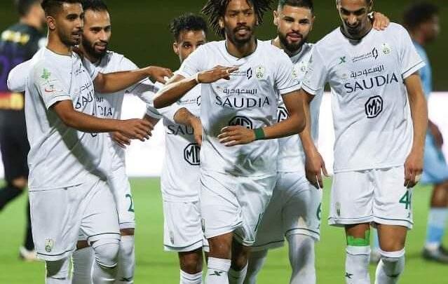 نجم الأهلي يرفض عرض التجديد ويقترب من الرحيل عن النادي