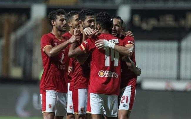 بعد الفوز بالعاشرة.. نجم الأهلي يتلقى عرضًا مغريًا من الدوري اليوناني